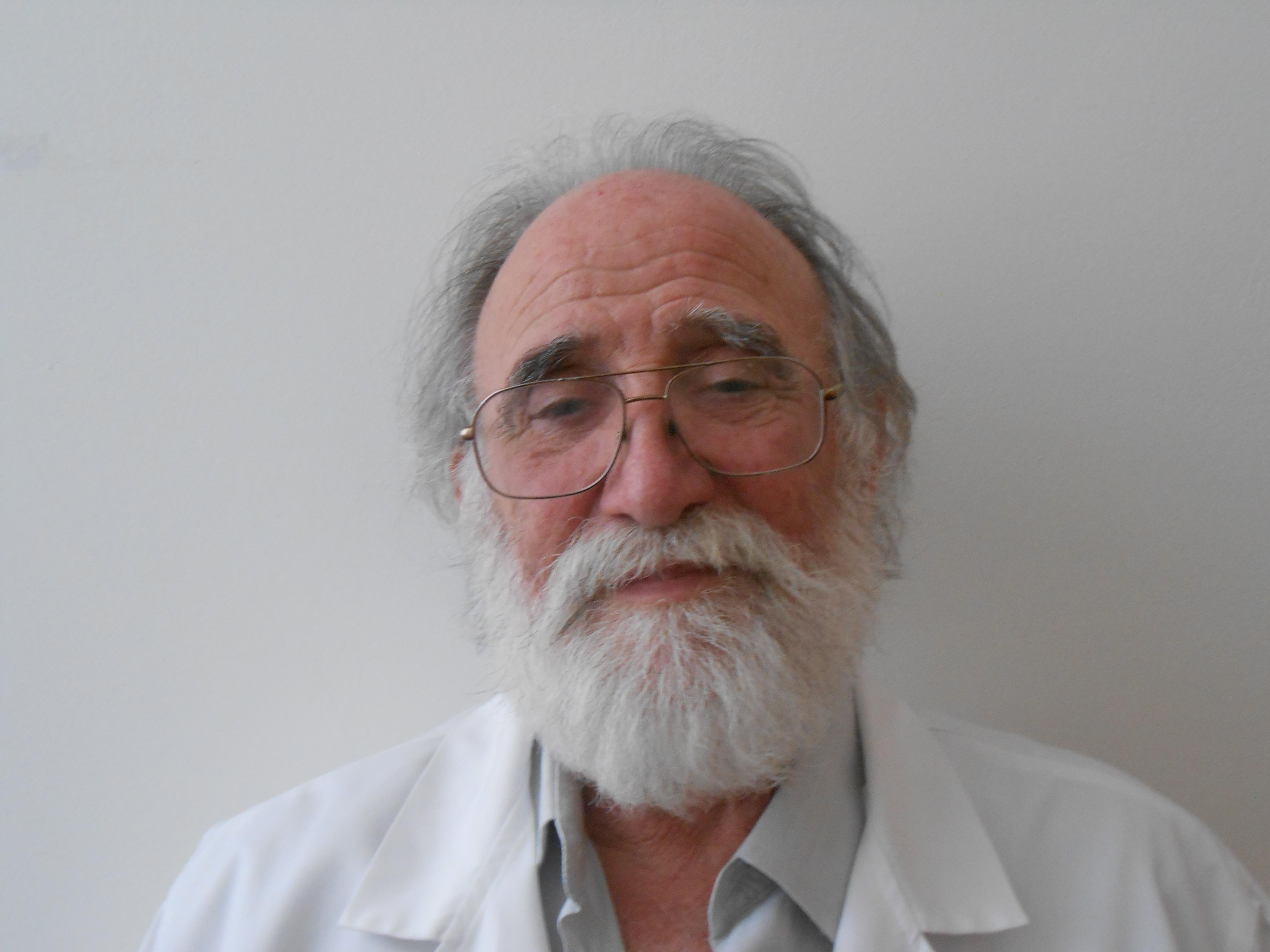 Dr. Vaz Teixeira
